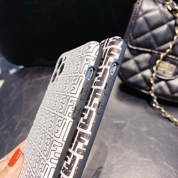 IMD iphone11 fendi カバー